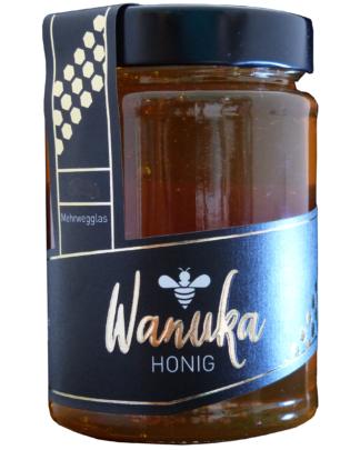 Wanuka-Front